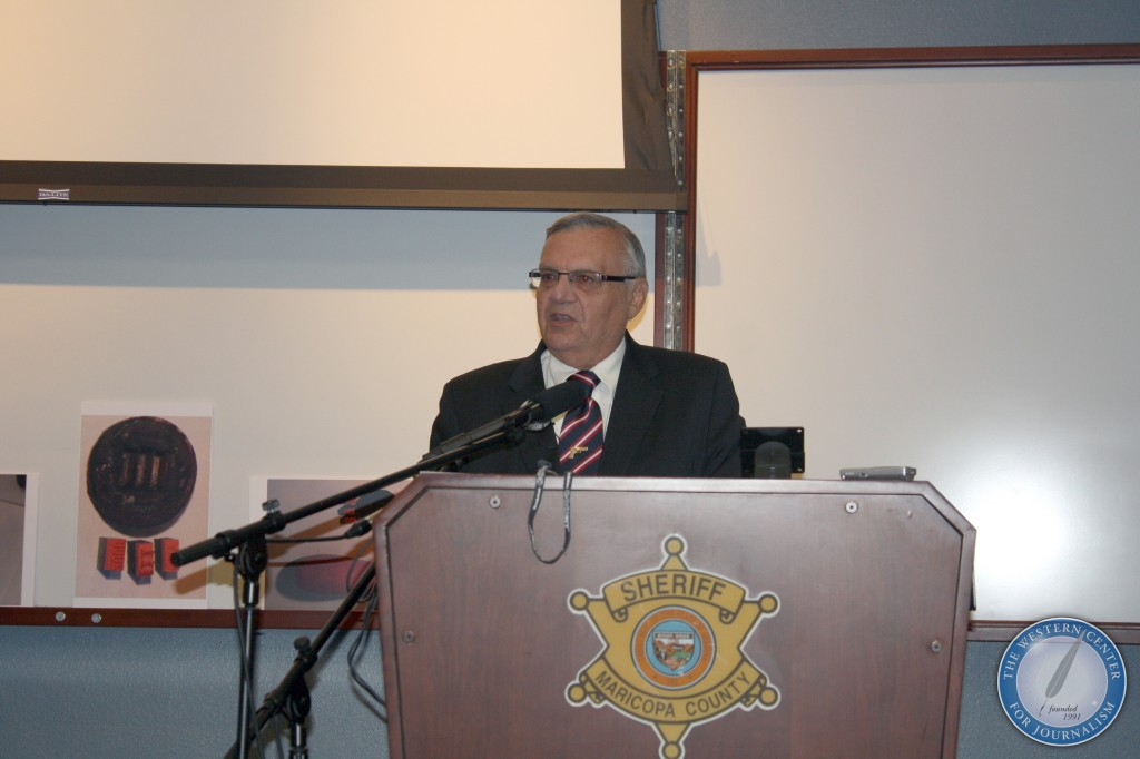 565 l 1024x682 Photos from Sheriff Joe Arpaios News Conference on Barack Obama Birth Certificate