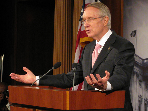 Harry Reid 4 SC Top Dems urge Obama to weigh unilateral debt hike