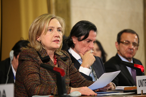Hillary Clinton 11 SC Secretary of State Doesn't Talk About Dead People, She Talks To Them