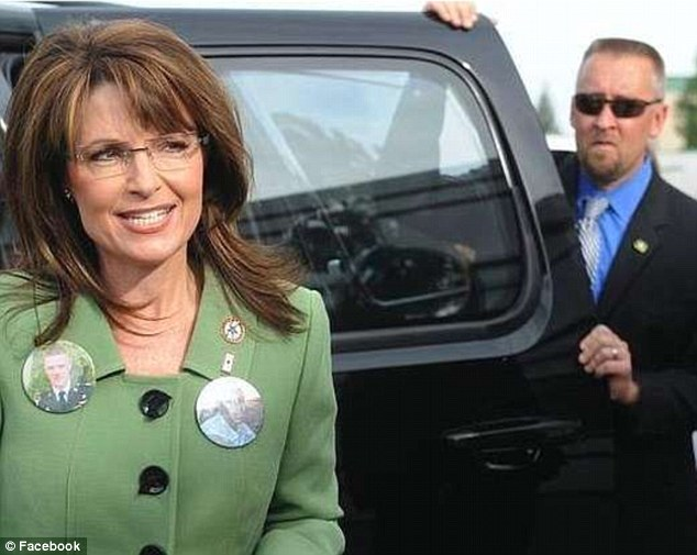 Married secret service agent joked about sarah palin on his facebook