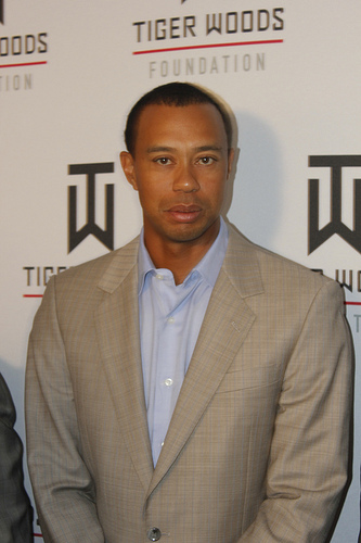 Tiger Woods SC Obama to play golf with Tiger Woods' former coach