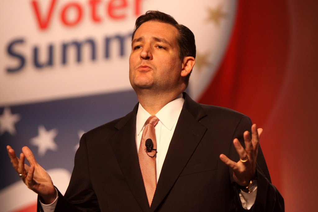 Ted Cruz Slams Moderate Republicans, Says Another Romney Would Usher In Hillary