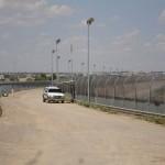 1280px-US-Mexico_border_fence