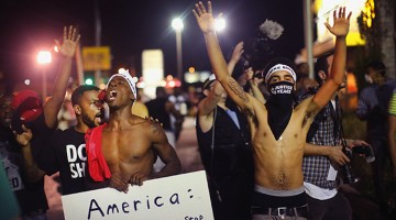 US-NATIONAL-GUARD-CALLED-IN-AS-UNREST-CONTINUES-IN-FERGUSON