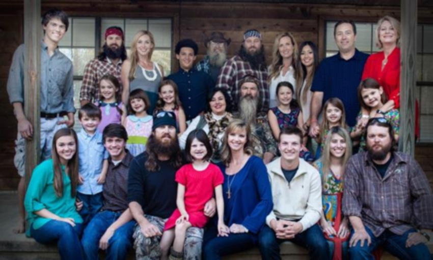 Duck Dynasty's Mia Robertson To Undergo Surgery Later This Month