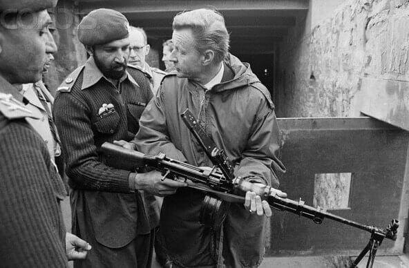 Carter Nat'l Security Adviser Brzezinski meets with Mujahideen in Pakistan circa 1980.
