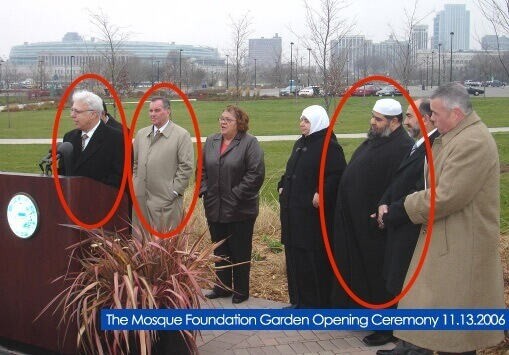 thman (speaking), Mayor Daley, and Imam Jamal Said in 2006.