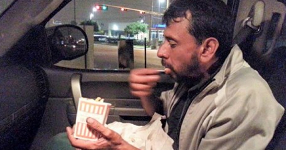 Homeless Man Starts to Cry After He Sees Photo in Stranger ...