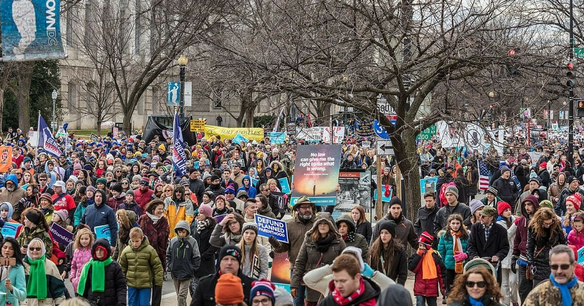 Thousands Flock to DC for March for Life Rally