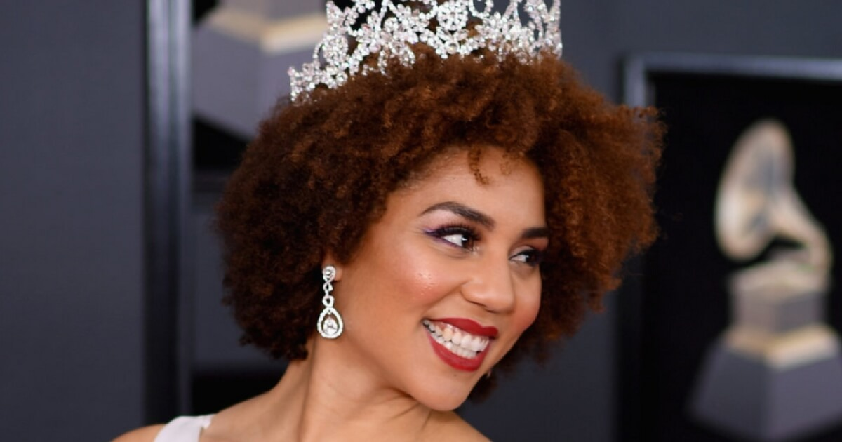 Joy Villa: Joy Villa Wore A Seriously Pro-Life Dress For The Grammys