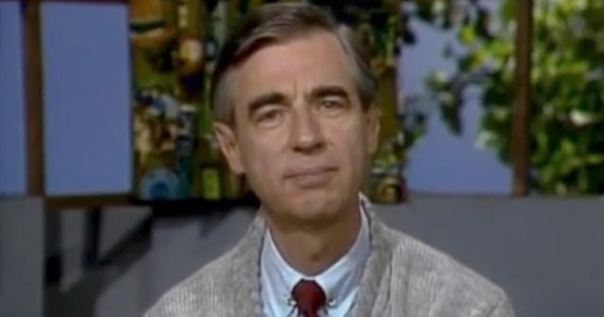 Prankster Tries To Annoy Mr Rogers Plan Backfires When Who Mr Rogers Is Off Camera Is Recorded
