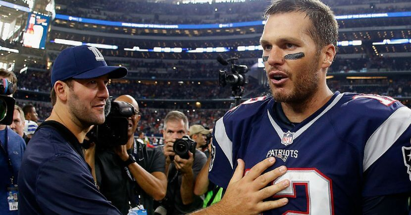 Tony Romo congratulates Tom Brady after New England beat Dallas in 2015.