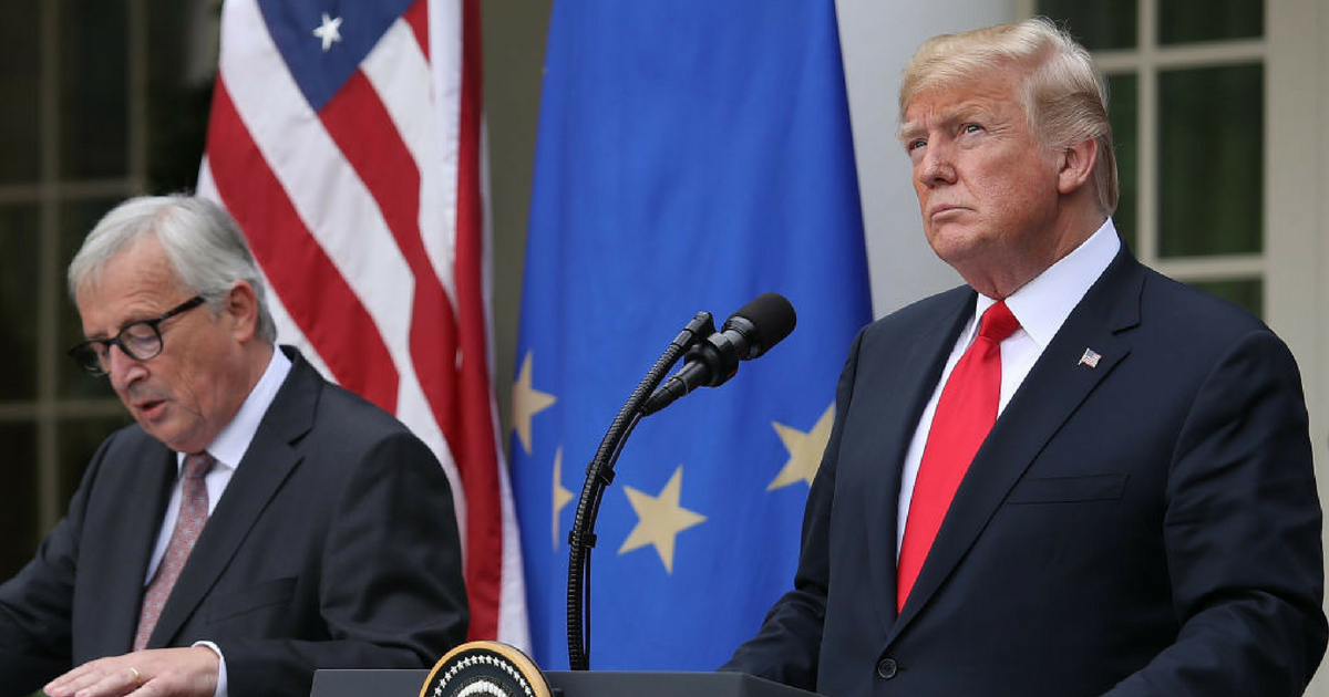 U.S. President Donald Trump (R) and European Commission President Jean-Claude Juncker (L) deliver a joint statement on trade in the Rose Garden of the White House July 25, 2018 in Washington, DC.