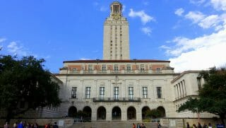 The main building on the campus of the University of Texas at Austin.