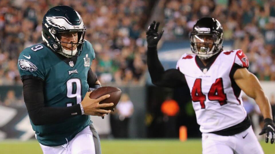 Nick Foles of the Philadelphia Eagles catches a pass thrown by Nelson Agholor during the third quarter against the Atlanta Falcons at Lincoln Financial Field on Thursday night.