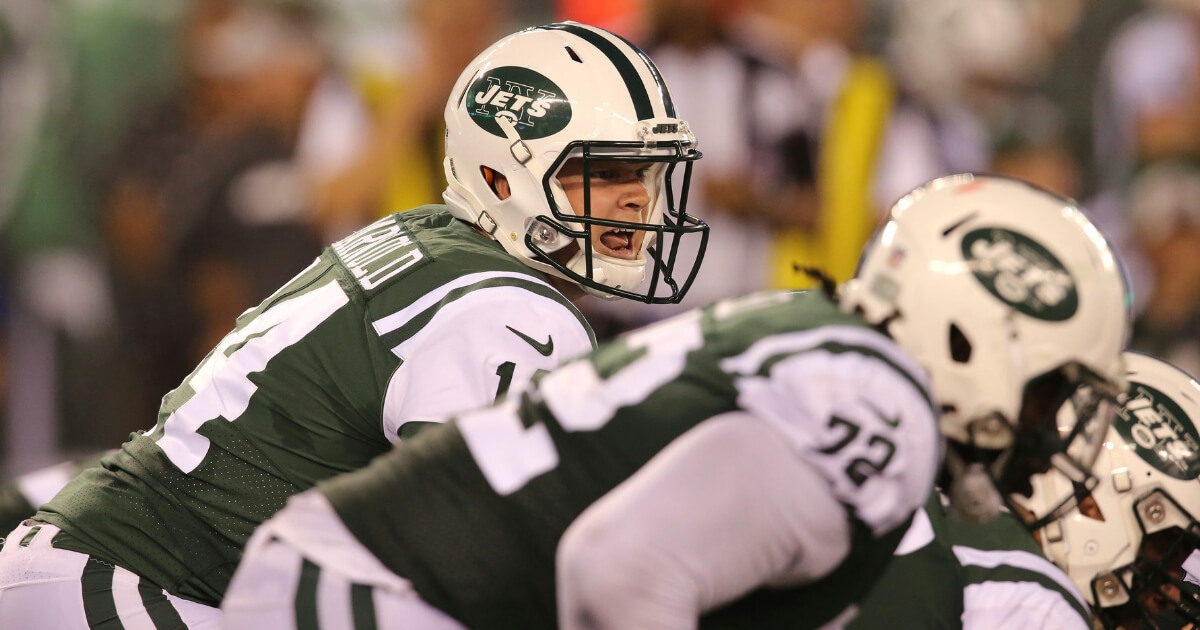 Quarterback Sam Darnold of the New York Jets calls a play in a preseason game against the New York Giants on Aug. 24 at MetLife Stadium in East Rutherford, New Jersey.
