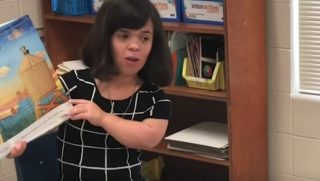 Woman with Dwarfism Becomes Teacher