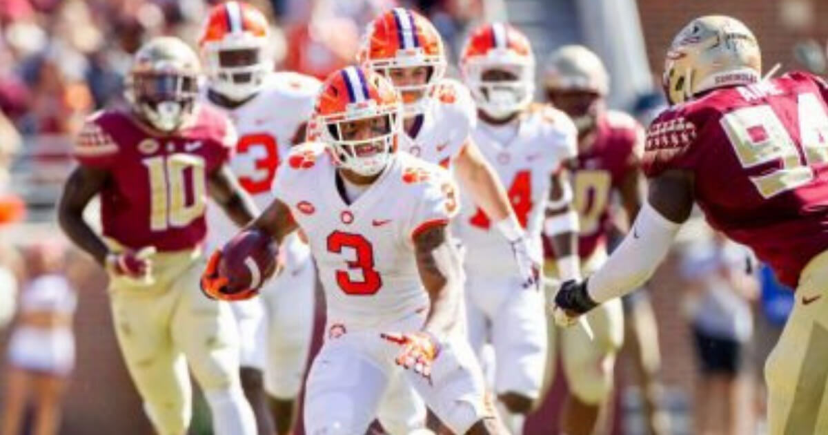 Clemson wide receiver Amari Rodgers tries to avoid a Florida State defender in Clemson's victory Saturday.