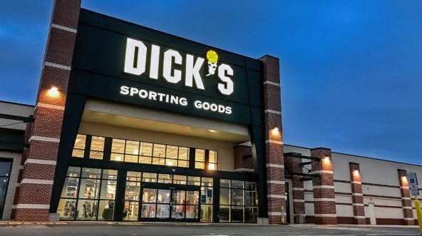 The entrance to a Dick's Sporting Goods store in South Plainfield, New Jersey. (Roman Tiraspolsky / Shutterstock)