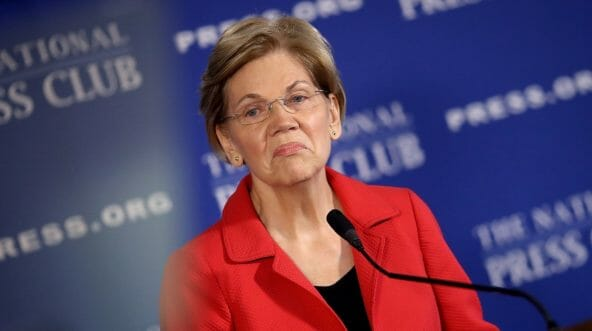Sen. Elizabeth Warren (D-Mass.) speaks at the National Press Club on Aug. 21, 2018.