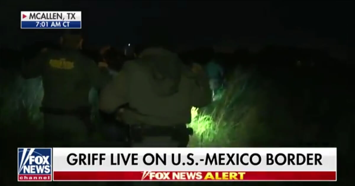 Reporter Unexpectedly Catches Border Patrol in Action