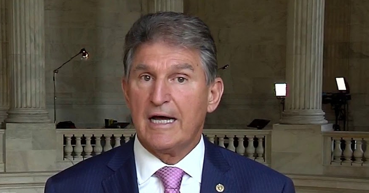 Manchin Flips on Trump After Election, Calls Pence a 'Junkyard Dog'