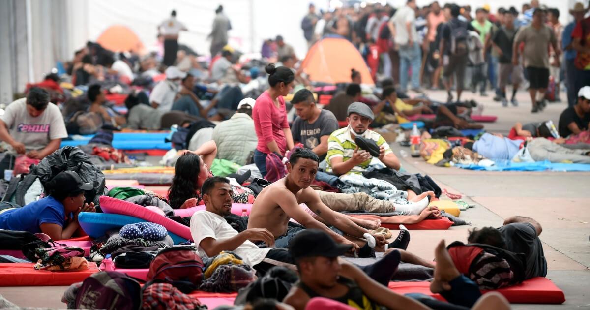 migrants rest