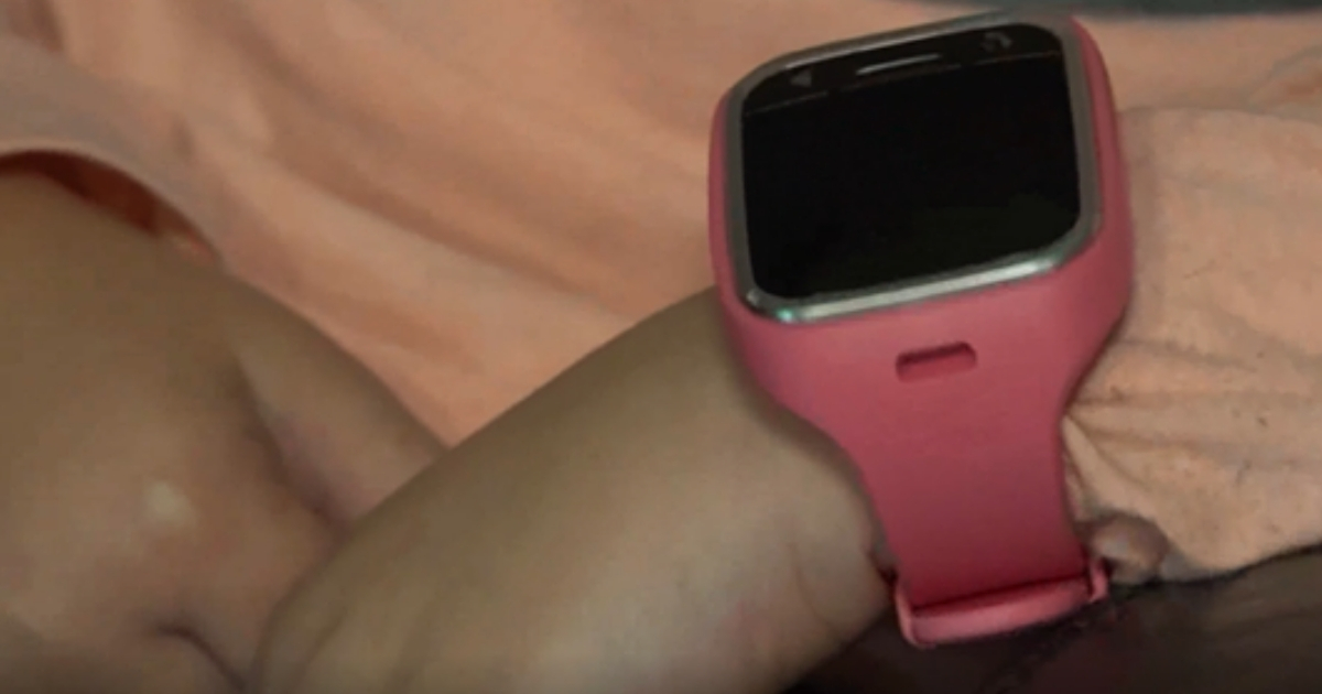 Mom Horrified When She Hears Strange Man's Voice Coming from Age 7 Daughter's Watch