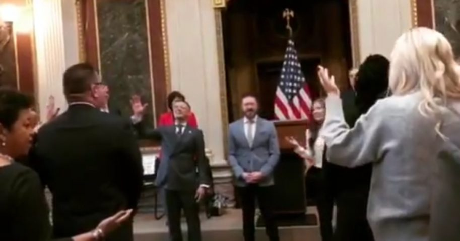Christian singers worship at the White House.