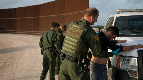 Border Patrol agents apprehend illegal immigrants