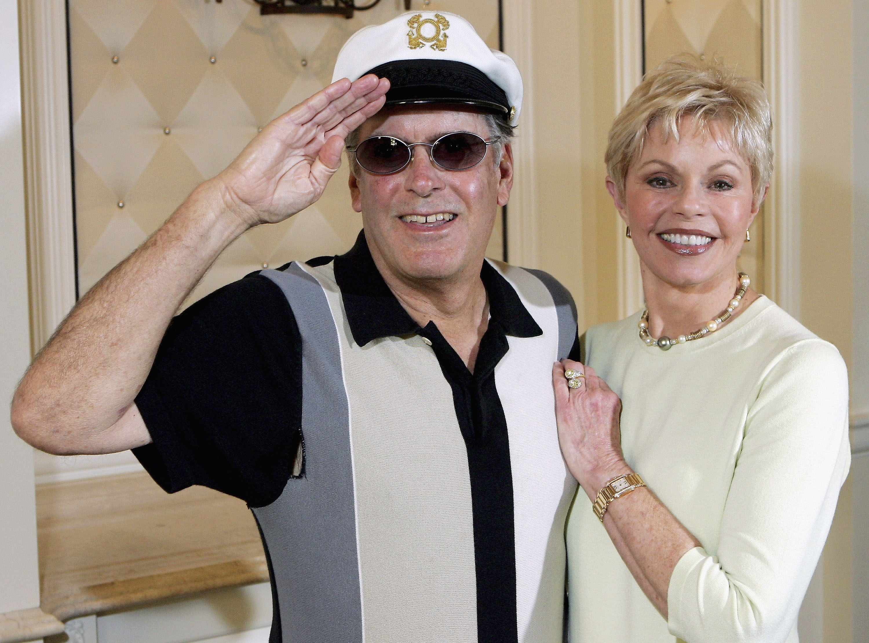 """Captain"" Daryl Dragon and his wife Toni Tennille of the music duo The Captain and Tennille"