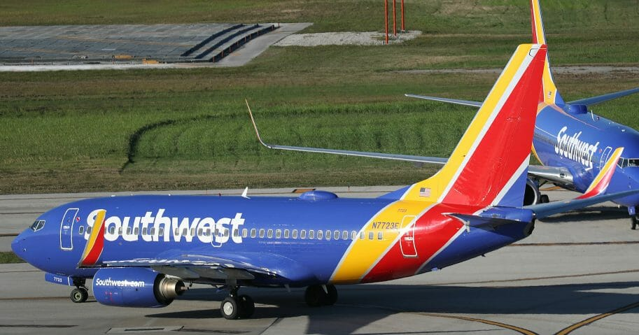 """Hundreds Of Southwest Airlines Flights Canceled Since Last Week As Airline Deals With """"Operational Emergency"""""""