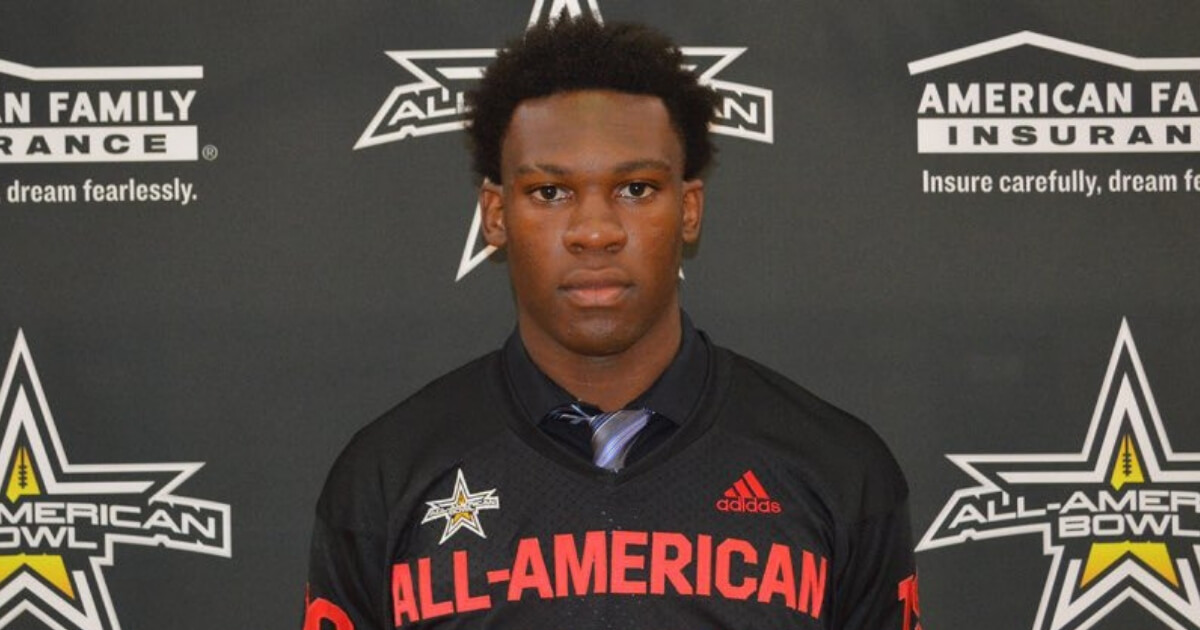 Defensive end Khris Bogle flipped from Alabama to Florida on Wednesday.