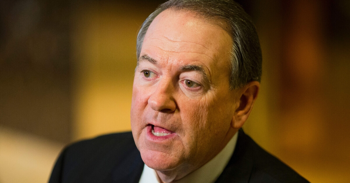 Mike Huckabee Goes Into Dad Mode After 'Big Bang Theory' Launches Sickening Attack on His Daughter