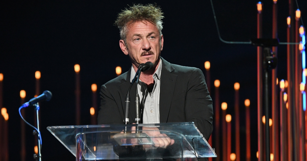 Former Top DEA Official: Sean Penn 'Should Be in Jail' After El Chapo 'Stunt'