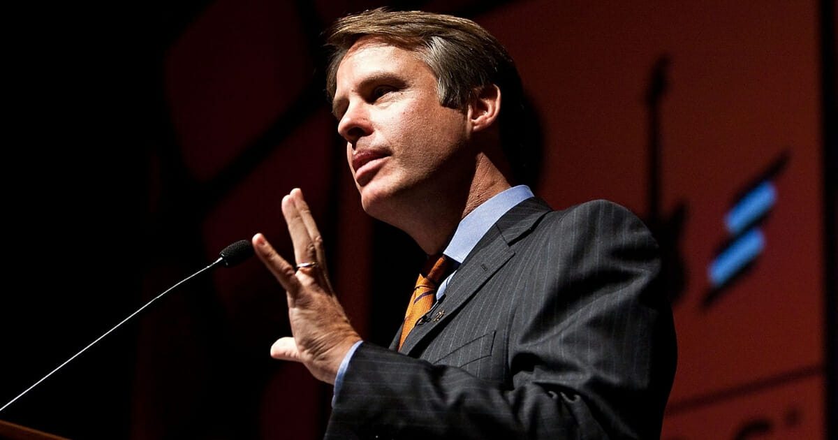 """Moderator Terry Moran, of ABC News, at """"Rock Stars of Science"""" at the Capitol Visitors Center Auditorium on September 24, 2009, in Washington, D.C."""