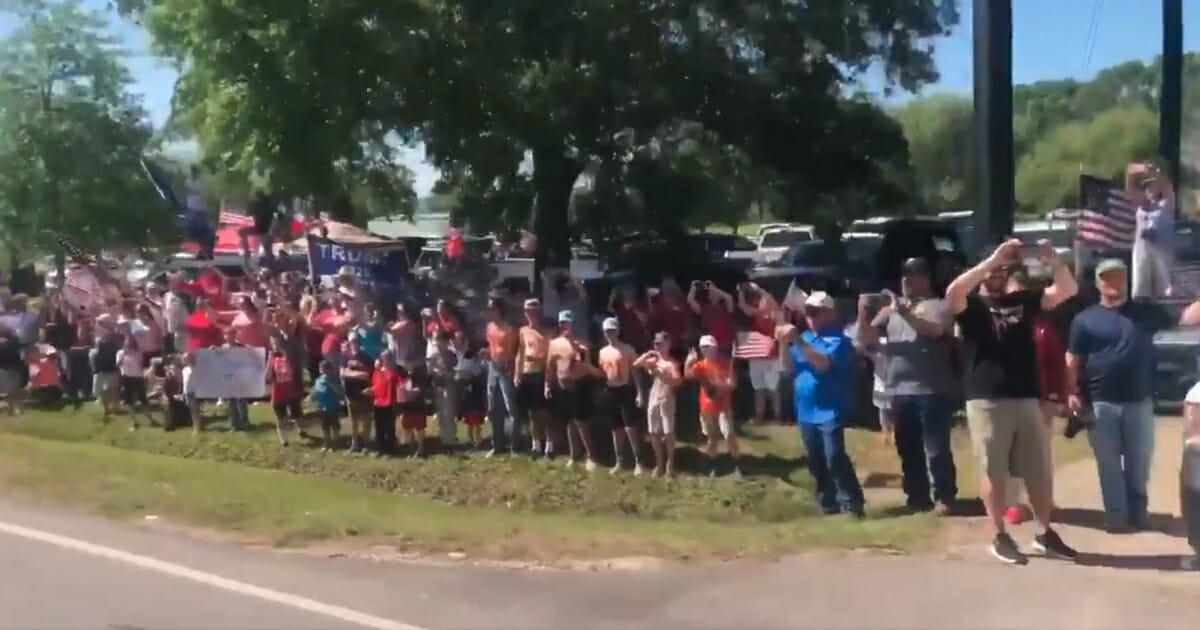 Trump crowd Texas