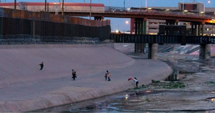 Immigrants cross the Rio Grande between Ciudad Juarez, Mexico and El Paso, Texas.