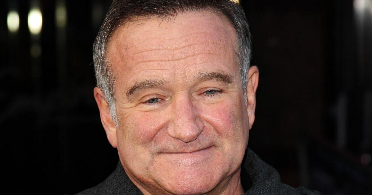 Robin Williams, smiling.