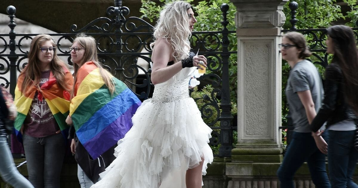 Study Claims Transgenders Suffering Because Straight People Aren't Dating Them