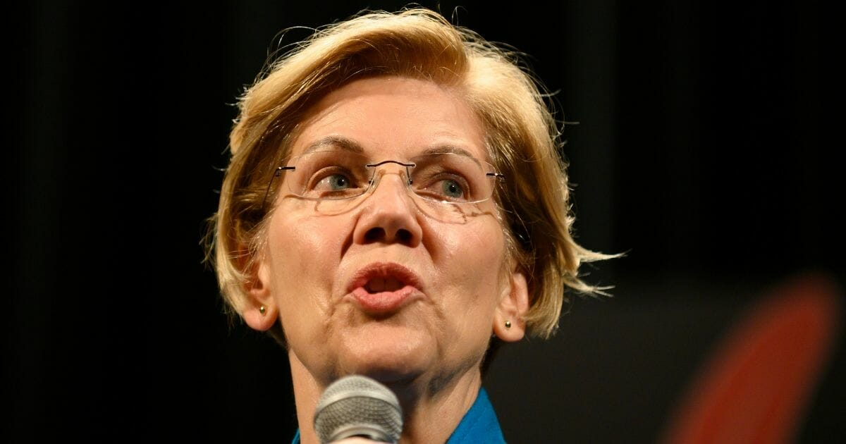 Elizabeth Warren Admits to Native American Group: 'I Have Made Mistakes'