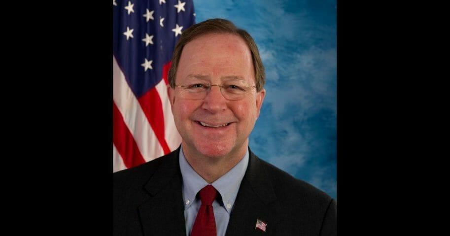 Official portrait of Rep. Bill Flores