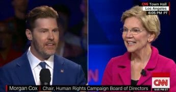A man asks Elizabeth Warren a question