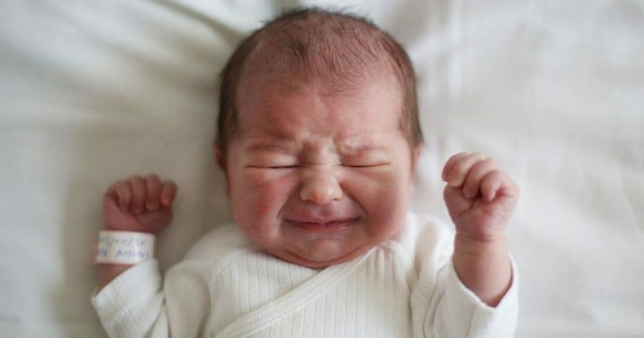 Crying-newborn-913x479.jpg