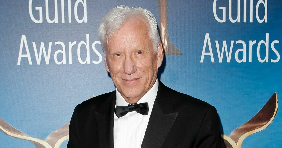 James Woods Returns to Twitter with Guns Blazing, Takes ...