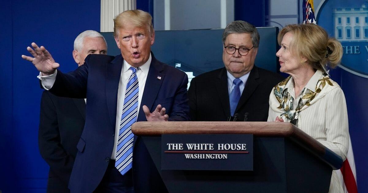 Donald-Trump-Deborah-Birx.jpg