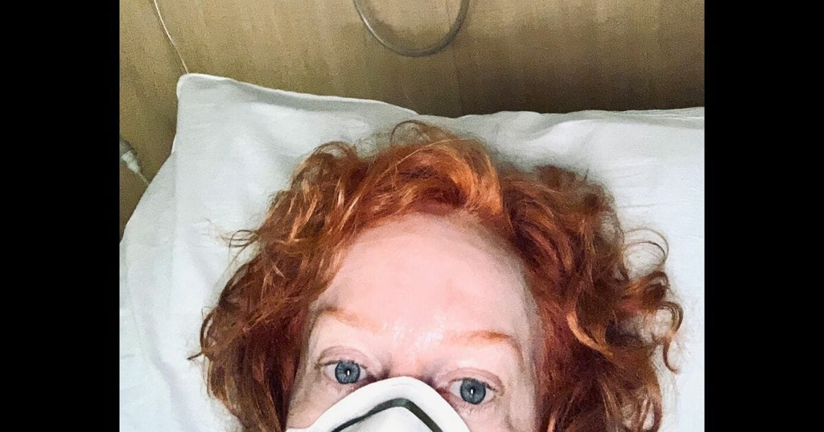 Kathy-Griffin-in-hospital.jpg