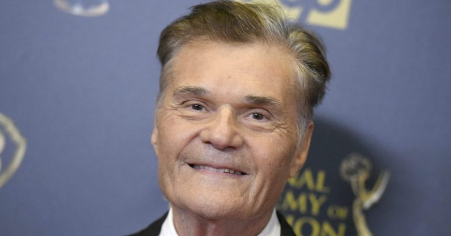 Fred Willard poses in the pressroom