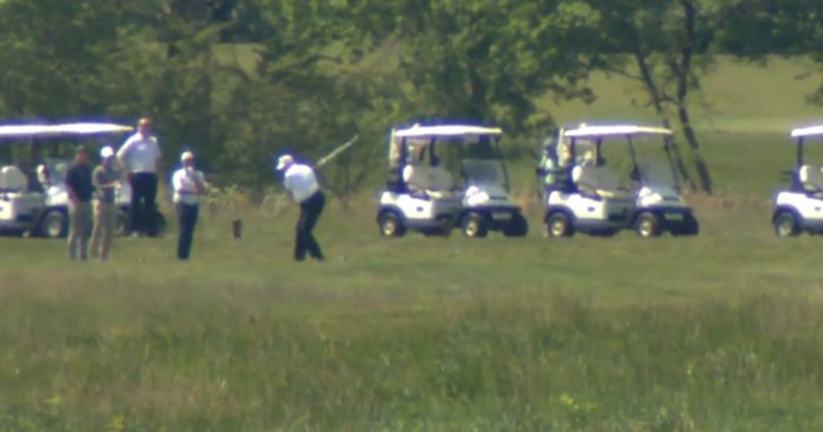 Trump-golfing.jpg