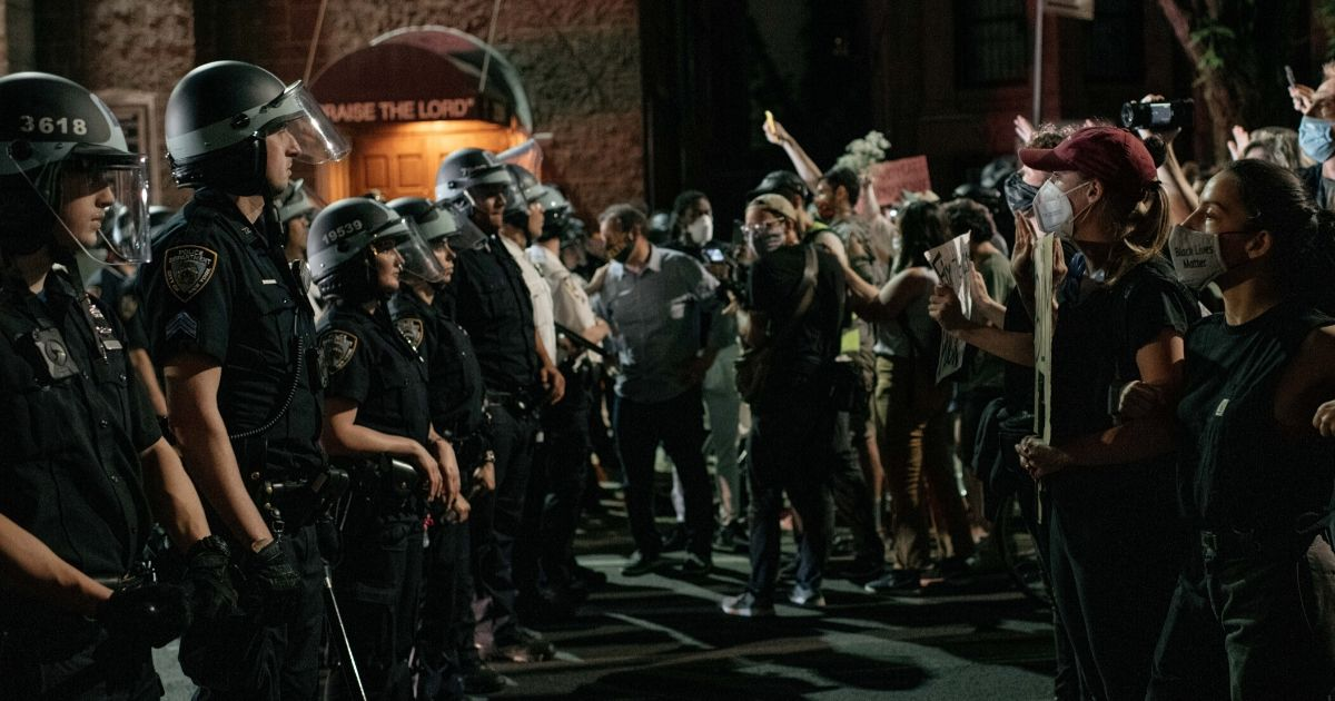 NYPD-vs-protesters.jpg